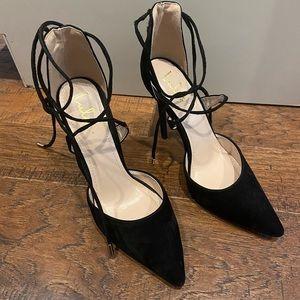 LULU'S black suede lace up heels 💃🏻